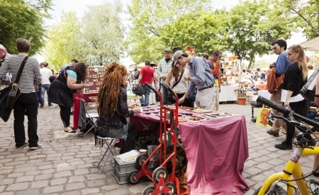 Fleamarket, Flohmarkt, market, Berlin, Mauerpark, second hand, find, buy, sell, hippie, hipster, summer