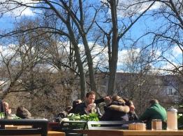 Nola am Weinberg, spring, Berlin, people, sunny day
