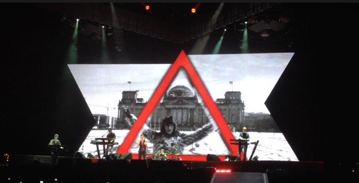 Depeche Mode, Delta Machine, Berlin, Reichstag, concert, Dave Gahan, Martin Gore, Andy Fletcher