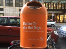 Berlin, litter bins, recycling, garbage, city, waste management, butler, hot dog